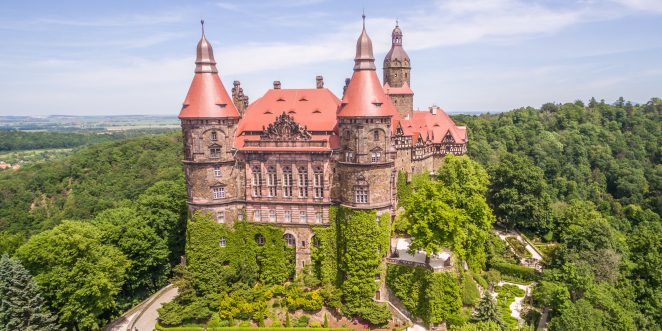 Ksiaz Castle in Poland with red angobe beaver roof tile